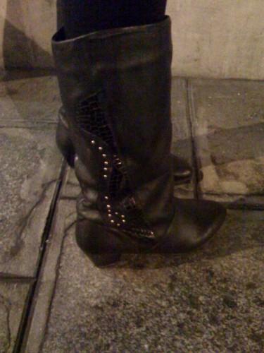 boot rock 1.jpg