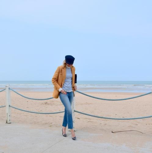 cropped jeans,marinière,marinière petit bateau,paige,rory cropped flare jeans paige,cropped flare jeans,pump karine arabian,karine arabian,casquette saint james