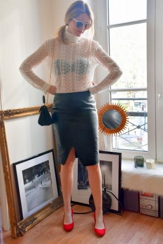 karine arabian,blog mode,paris,helline,jupe en cuir,jupe en cuir helline