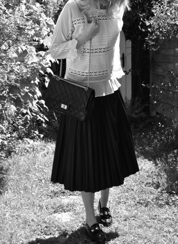 magali pascal,garcia jeans,pleated skirt,jupe plissée cuir,blog mode,vanessa bruno,isabel marant,2.55 chanel