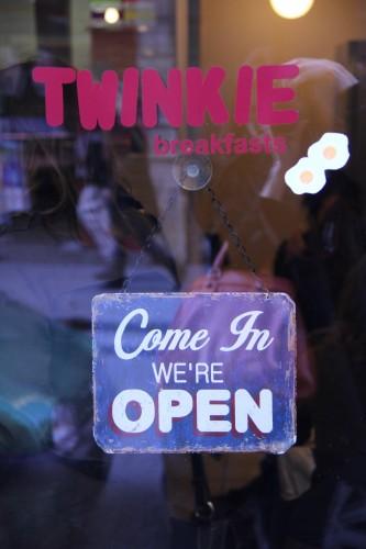 twinkie,american breakfast paris,twinkie paris,paris,où bruncher à paris,oeufs bénédicte,meilleurs oeufs bénédicte paris,brunch terrasse paris,brunch,bonnes adresses paris,eggs benedict