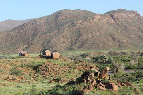 namibie,voyage en namibie,road trip en namibie,sunday rose,combishort à fleurs,combishort à fleurs paul sunday rose,petit bateau,american apparel,angola,kunene river,okahirongo river camp,eres,bikini eres