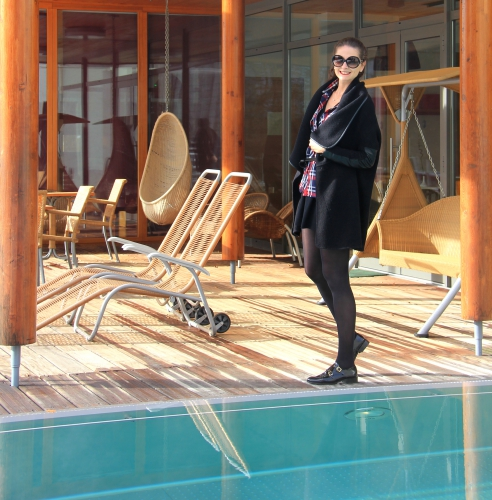 blog mode,blog voyage,anne thomas,maje,gilet kevin maje,zara,chemise carreaux zara,isabel marant,yves saint laurent,yves saint laurent sunglasses,mac,russian red mac,la clairière,hôtel la clairière,tempting places,designer seven