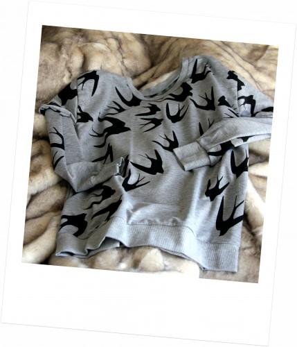 blog mode,sheinside,grey long sleeve swallow print loose sweatshirt,grey long sleeve swallow print loose sweatshirt sheinside