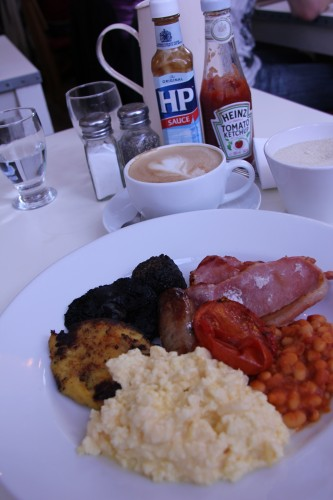 londres,london,english breakfast,albion,albion caffe,albion shoreditch,http:melaniecrete.tumblr.com,shoreditch house,london trip