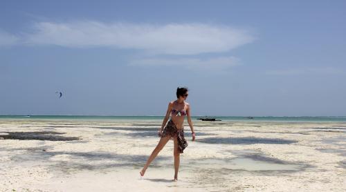 blog mode,blog voyage,zanzibar,albertine,albertine swim,chloé,chloé sunglasses,roseanna,roseanna monoprix