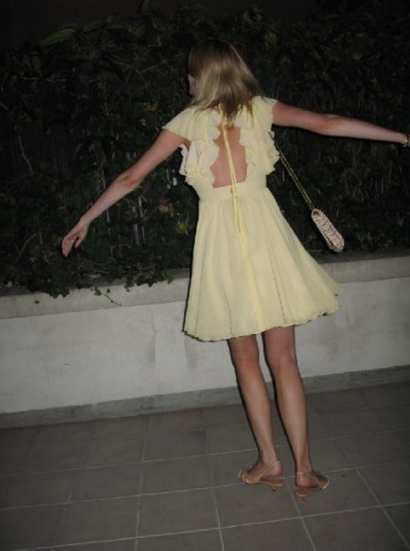 Yellow dress 1.jpg