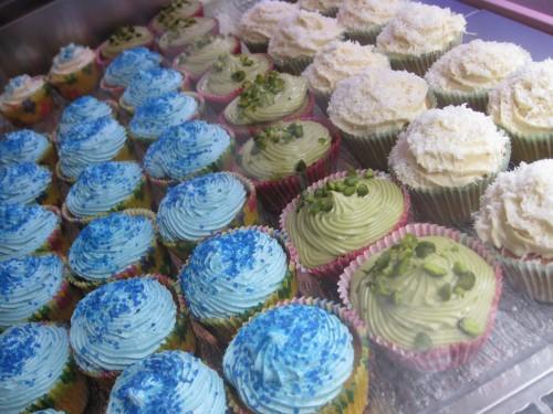 Synie's cupcakes (11).JPG