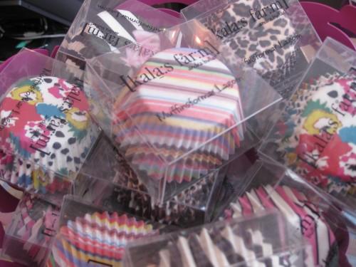 Synie's cupcakes (1).JPG