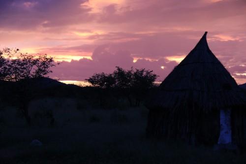 namibie,voyage en namibie,himba,otjiheke,photos enfants himba,photos femmes himba,portraits de himba, frédéric lopez, rendez-vous en terre inconnue